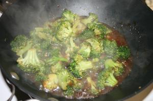 WW Broccoli with Garlic Sauce
